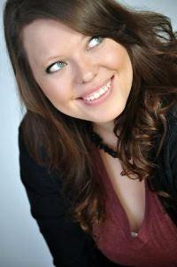 Cora Carmack - author pic